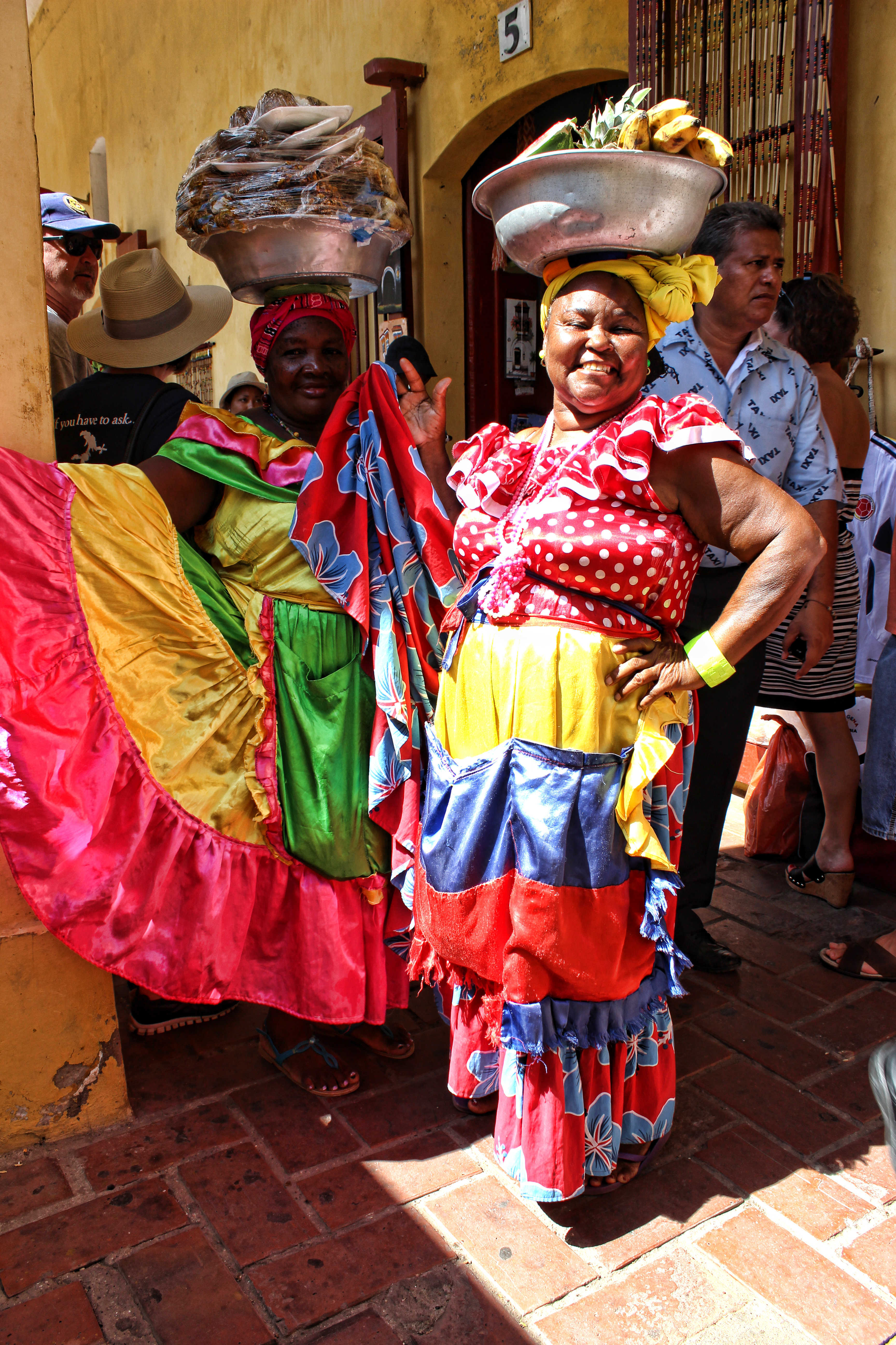 Coloring Pictures Of Traditional Colombian Clothes 4