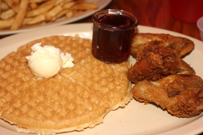 roscoes-chicken-and-waffles-obama-special